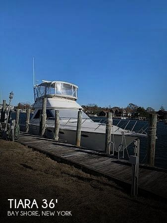 1988 Tiara Yachts boat for sale, model of the boat is 3600 Convertible & Image # 1 of 27