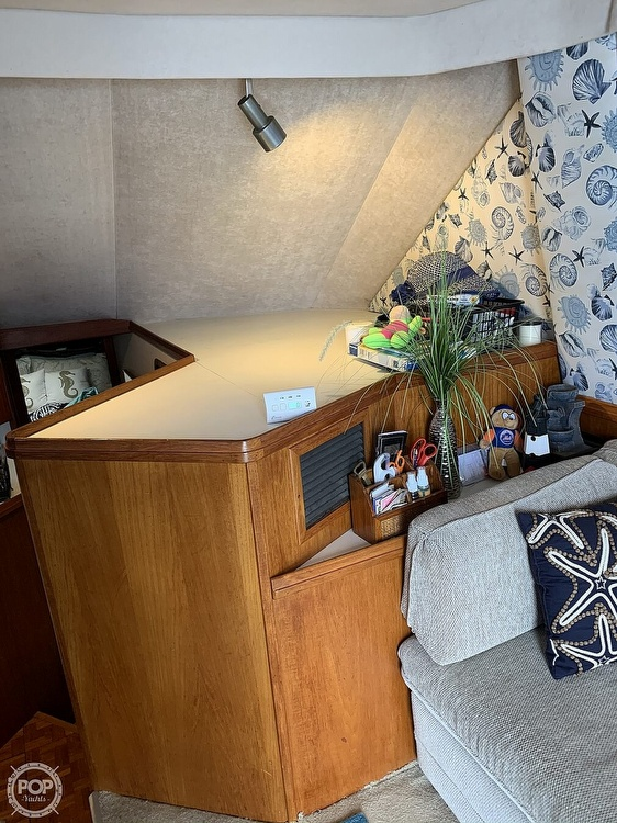 1988 Tiara Yachts boat for sale, model of the boat is 3600 Convertible & Image # 8 of 27