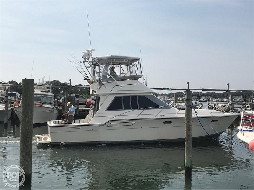 1988 Tiara Yachts boat for sale, model of the boat is 3600 Convertible & Image # 25 of 27