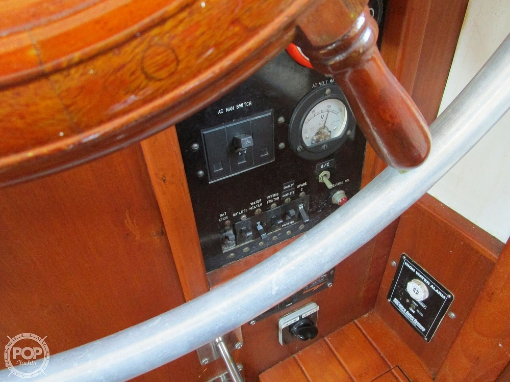 1977 Marine Trader boat for sale, model of the boat is 34 DC & Image # 11 of 41