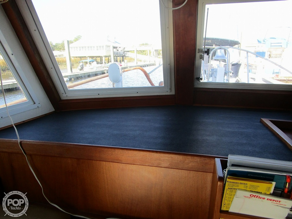1977 Marine Trader boat for sale, model of the boat is 34 DC & Image # 12 of 41