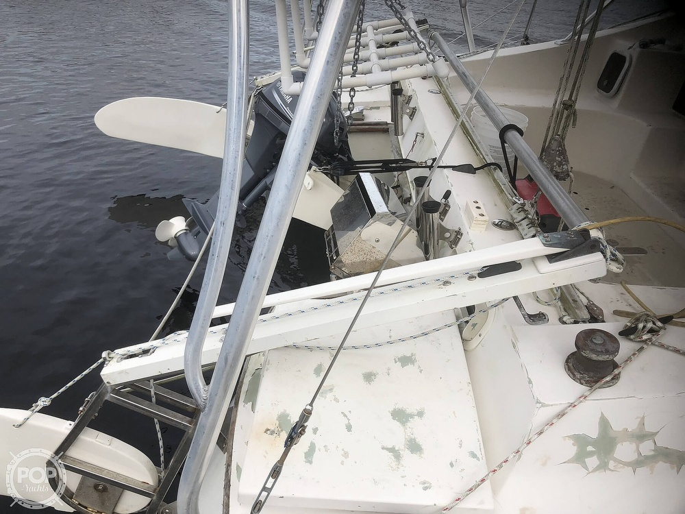1969 Iroquois boat for sale, model of the boat is 30 & Image # 19 of 40