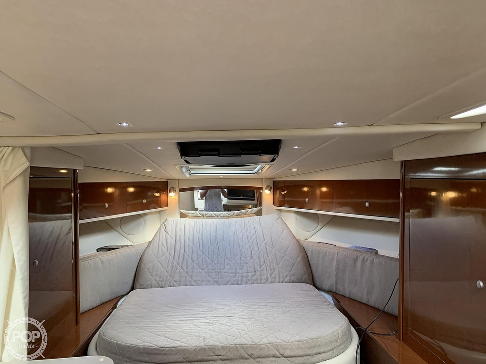 2008 Sea Ray boat for sale, model of the boat is 330 Sundancer & Image # 38 of 40