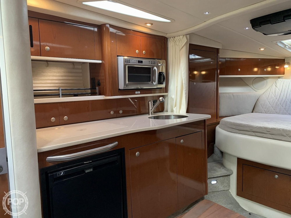 2008 Sea Ray boat for sale, model of the boat is 330 Sundancer & Image # 39 of 40