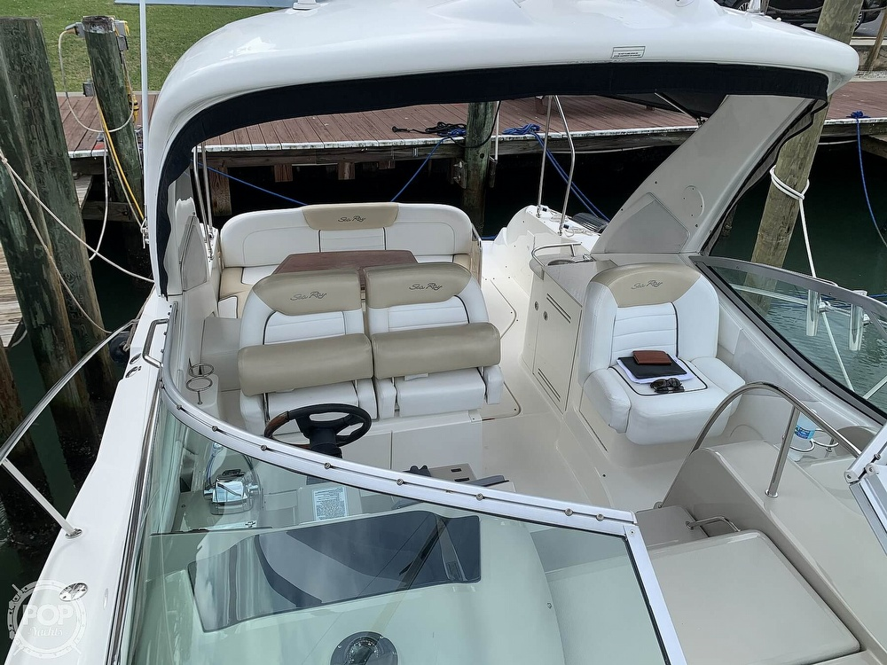 2008 Sea Ray boat for sale, model of the boat is 330 Sundancer & Image # 3 of 40