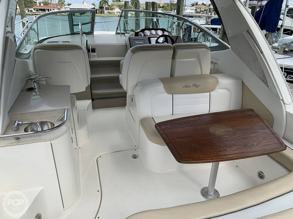 2008 Sea Ray boat for sale, model of the boat is 330 Sundancer & Image # 31 of 40