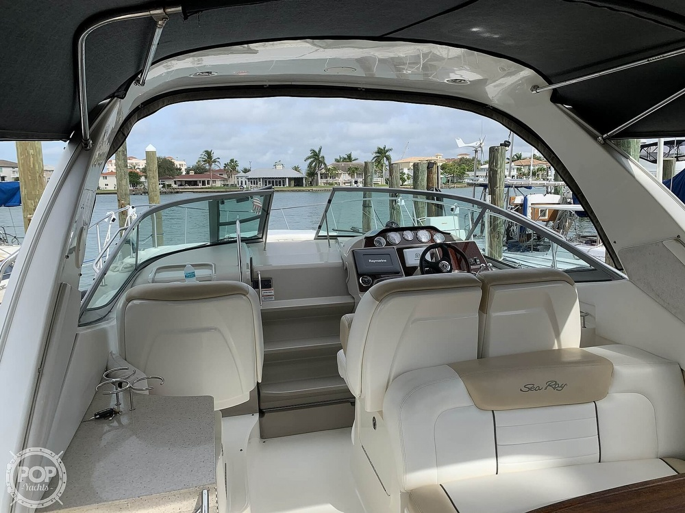 2008 Sea Ray boat for sale, model of the boat is 330 Sundancer & Image # 4 of 40