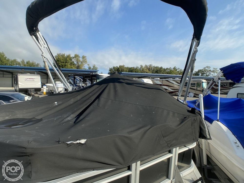 2016 Sun Tracker boat for sale, model of the boat is 22DLX & Image # 18 of 41