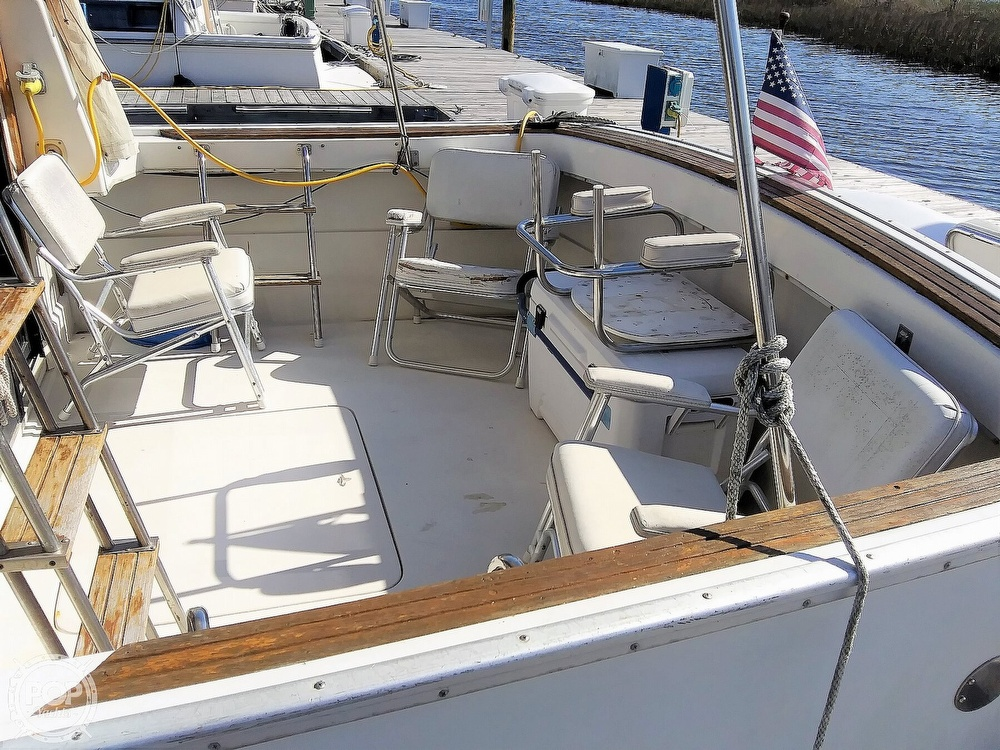 1981 Mainship boat for sale, model of the boat is 34 & Image # 13 of 40