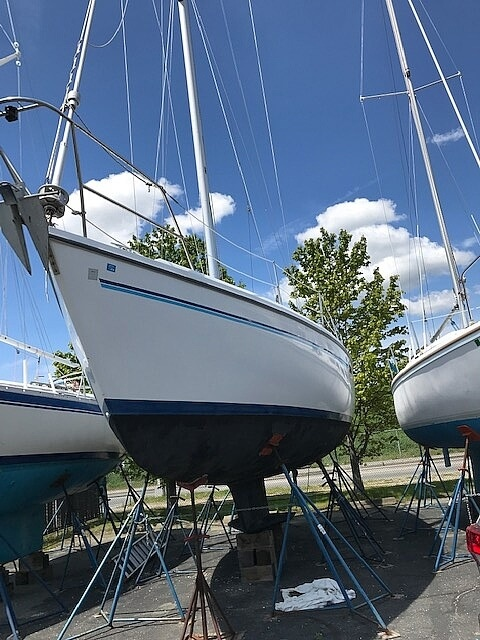 1996 Catalina Yachts boat for sale, model of the boat is 36WK MKII & Image # 2 of 40