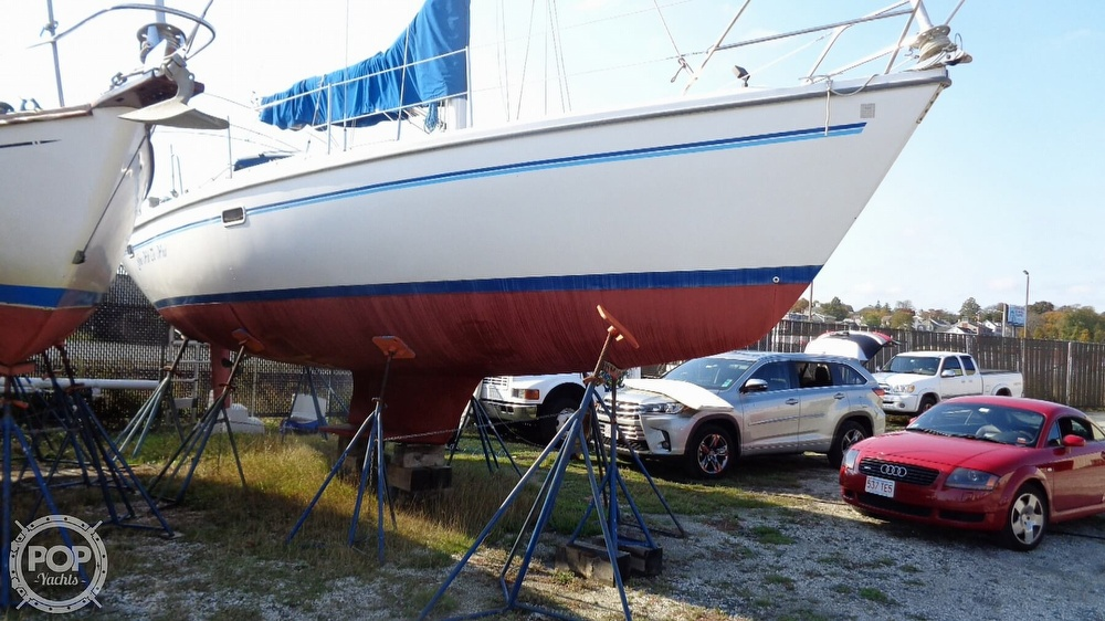 1996 Catalina Yachts boat for sale, model of the boat is 36WK MKII & Image # 27 of 40