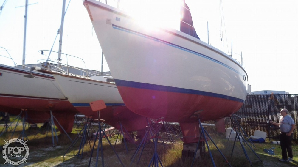 1996 Catalina Yachts boat for sale, model of the boat is 36WK MKII & Image # 31 of 40