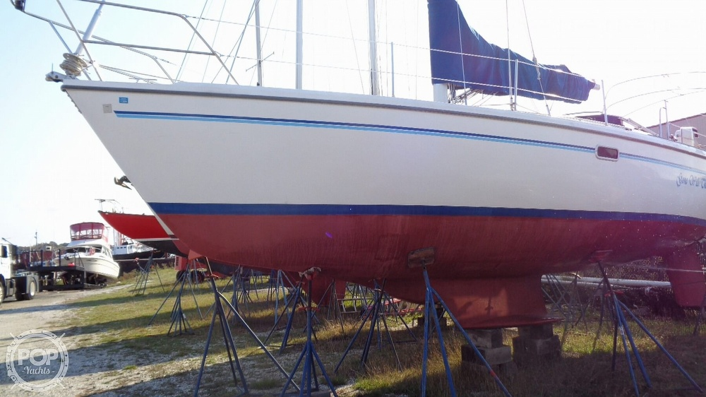 1996 Catalina Yachts boat for sale, model of the boat is 36WK MKII & Image # 32 of 40