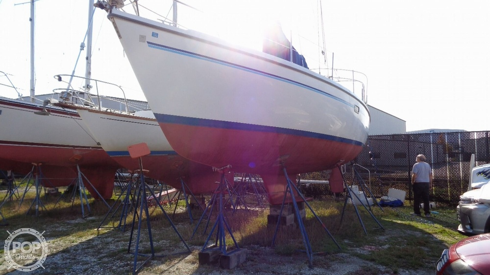 1996 Catalina Yachts boat for sale, model of the boat is 36WK MKII & Image # 39 of 40