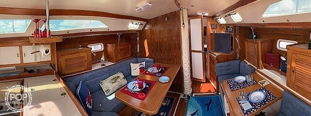 1996 Catalina Yachts boat for sale, model of the boat is 36WK MKII & Image # 14 of 40
