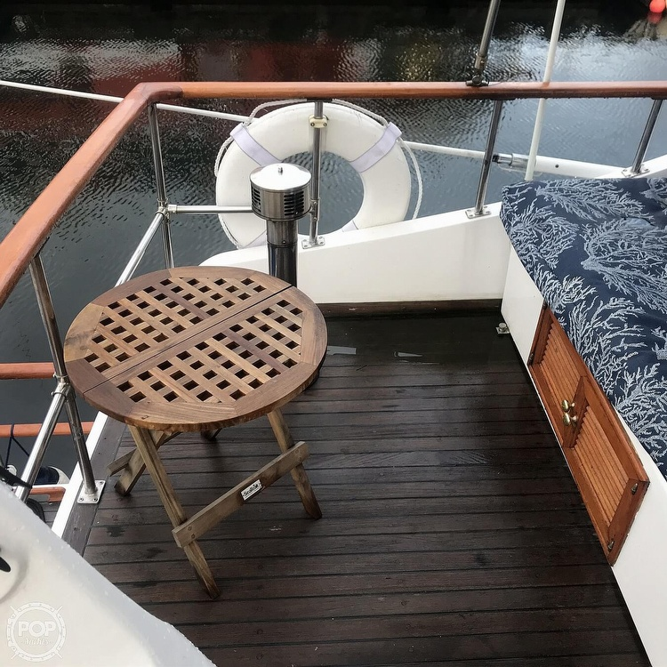 1981 Marine Trader boat for sale, model of the boat is LaBelle 40 & Image # 27 of 40