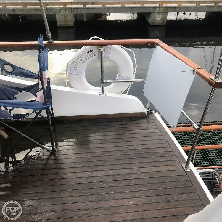 1981 Marine Trader boat for sale, model of the boat is LaBelle 40 & Image # 30 of 40