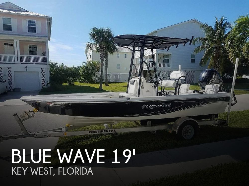 Used Blue Wave Boats For Sale by owner | 2017 Blue Wave 2000 Pure Bay