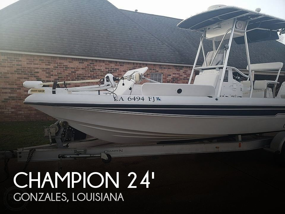 Used Champion Boats For Sale by owner   2004 Champion 24 Bay Champ