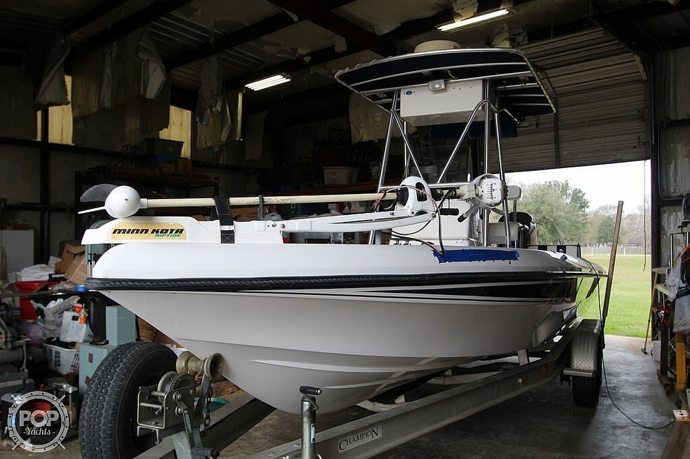 2004 Champion boat for sale, model of the boat is 24 Bay Champ & Image # 9 of 40