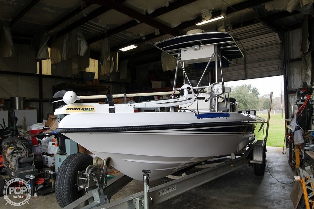 2004 Champion boat for sale, model of the boat is 24 Bay Champ & Image # 13 of 40