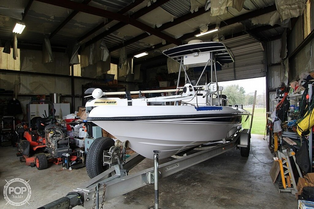 2004 Champion boat for sale, model of the boat is 24 Bay Champ & Image # 14 of 40