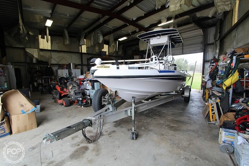 2004 Champion boat for sale, model of the boat is 24 Bay Champ & Image # 15 of 40