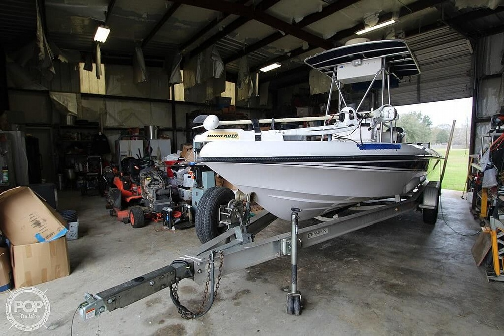 2004 Champion boat for sale, model of the boat is 24 Bay Champ & Image # 17 of 40