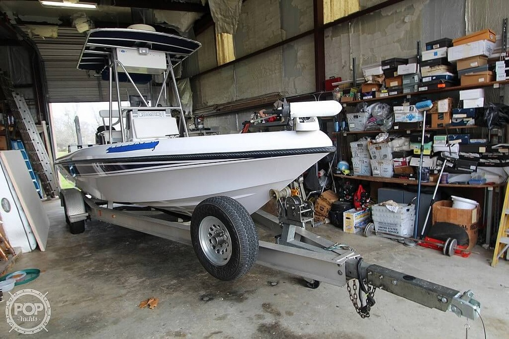 2004 Champion boat for sale, model of the boat is 24 Bay Champ & Image # 18 of 40