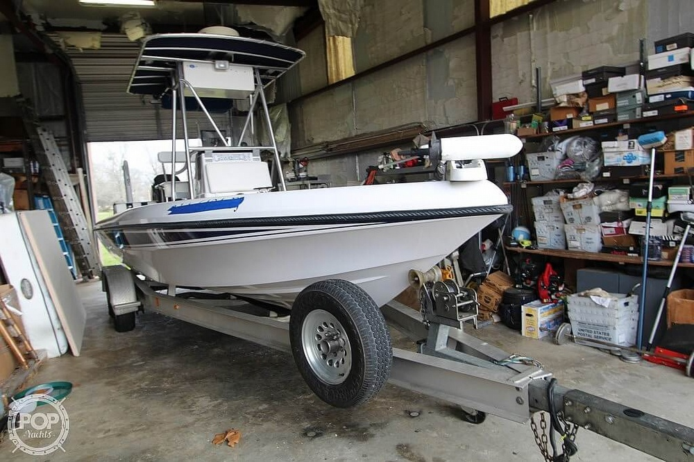 2004 Champion boat for sale, model of the boat is 24 Bay Champ & Image # 19 of 40