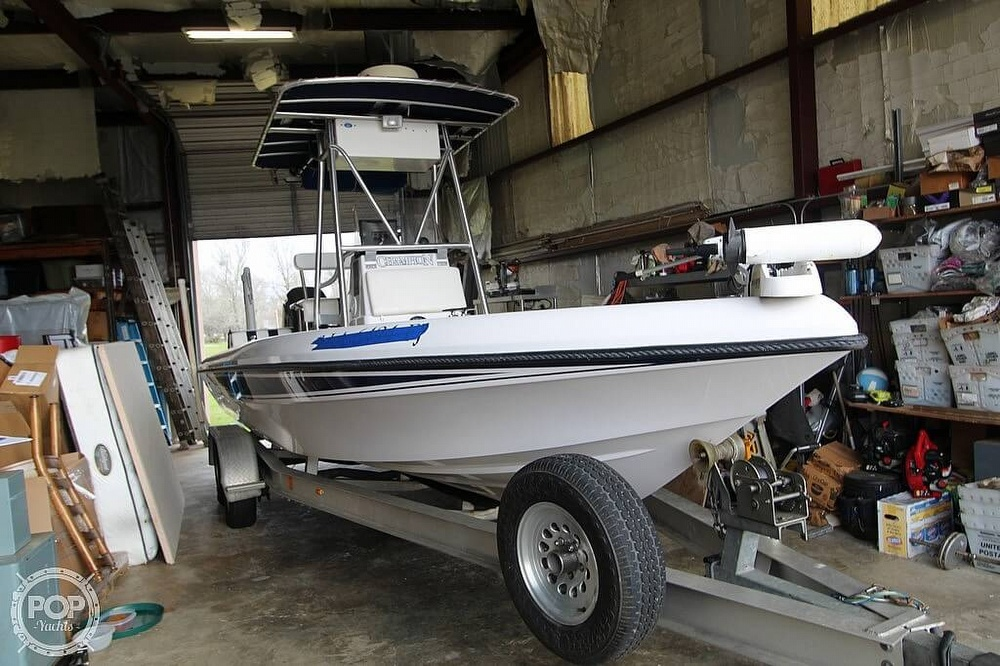 2004 Champion boat for sale, model of the boat is 24 Bay Champ & Image # 20 of 40