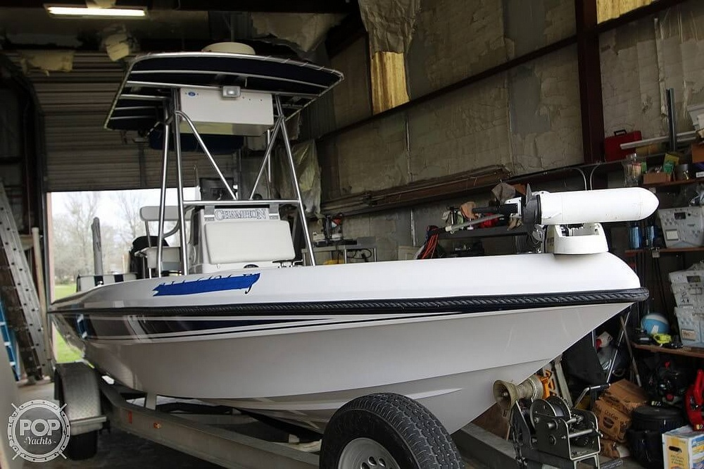 2004 Champion boat for sale, model of the boat is 24 Bay Champ & Image # 23 of 40