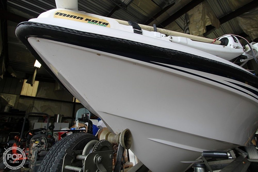 2004 Champion boat for sale, model of the boat is 24 Bay Champ & Image # 36 of 40