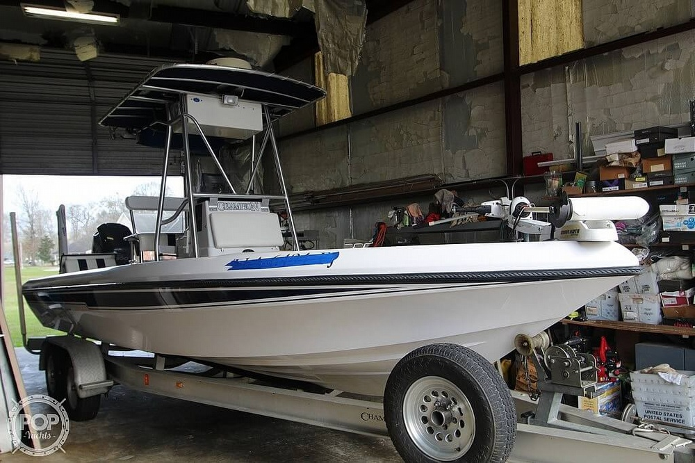 2004 Champion boat for sale, model of the boat is 24 Bay Champ & Image # 2 of 40