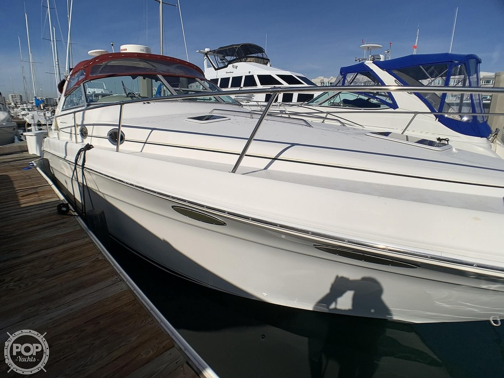 1998 Sea Ray boat for sale, model of the boat is 330 Sundancer & Image # 8 of 40