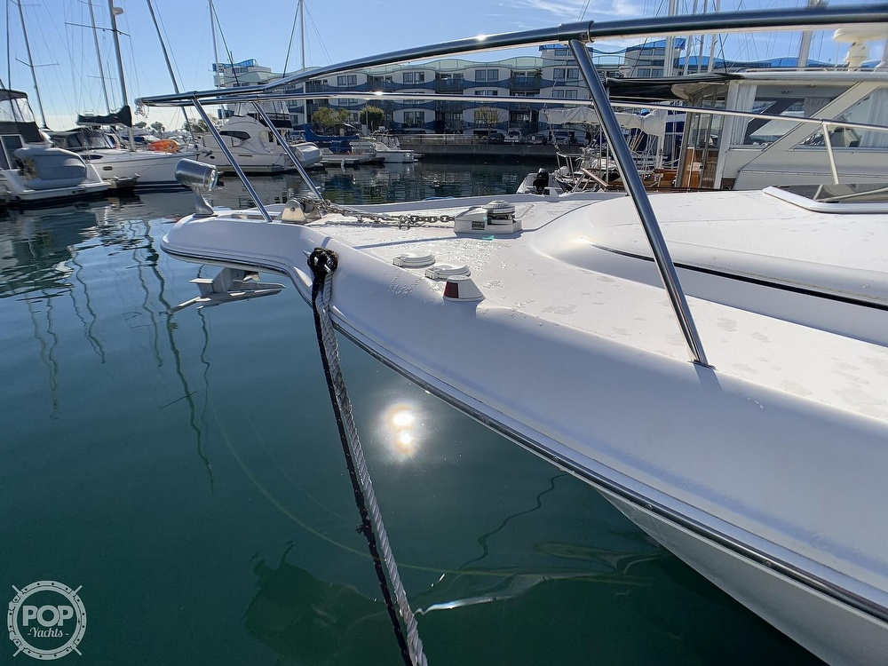 1998 Sea Ray boat for sale, model of the boat is 330 Sundancer & Image # 14 of 40