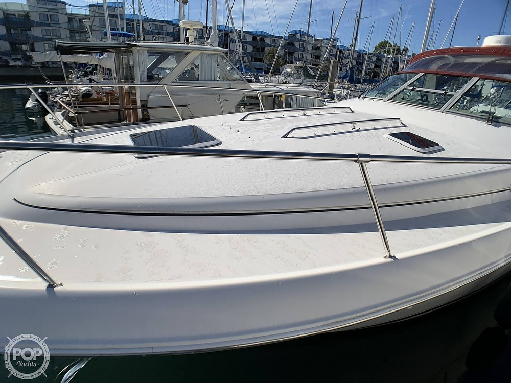 1998 Sea Ray boat for sale, model of the boat is 330 Sundancer & Image # 15 of 40