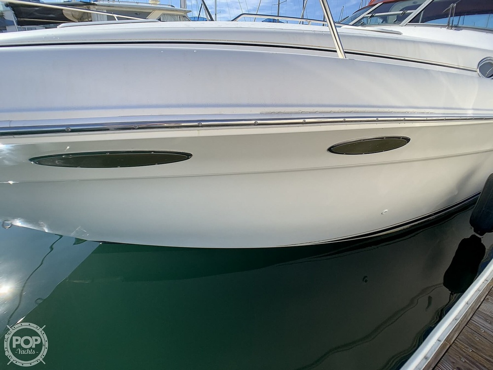 1998 Sea Ray boat for sale, model of the boat is 330 Sundancer & Image # 16 of 40