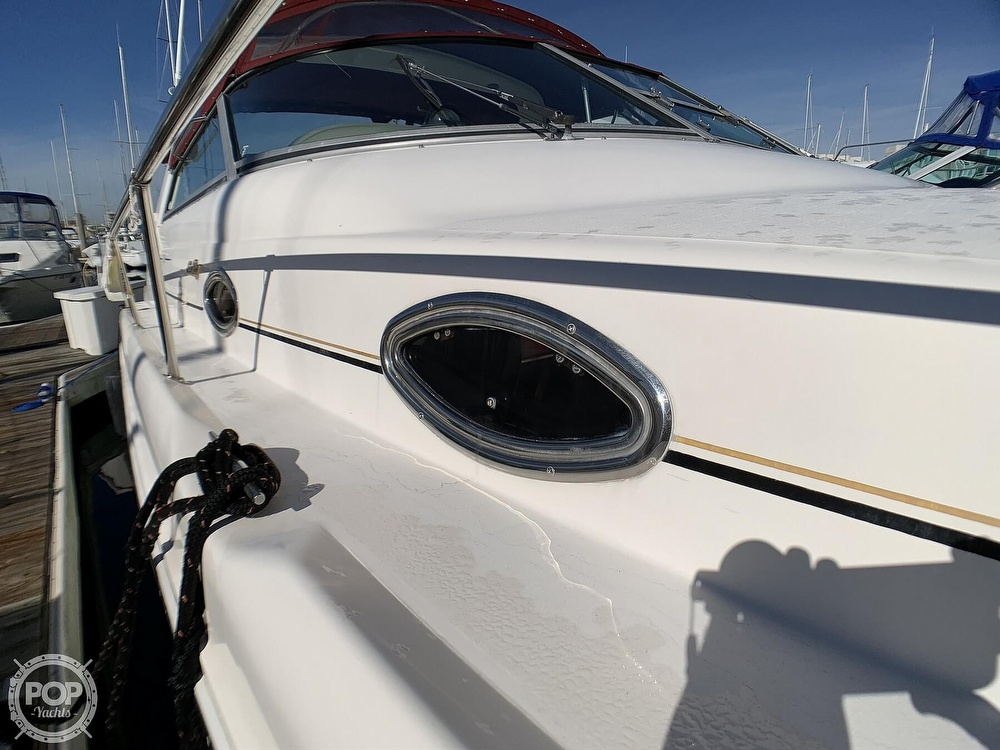 1998 Sea Ray boat for sale, model of the boat is 330 Sundancer & Image # 35 of 40