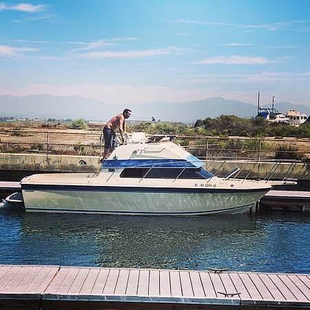 1987 Skipjack boat for sale, model of the boat is 25 Flybridge & Image # 3 of 11