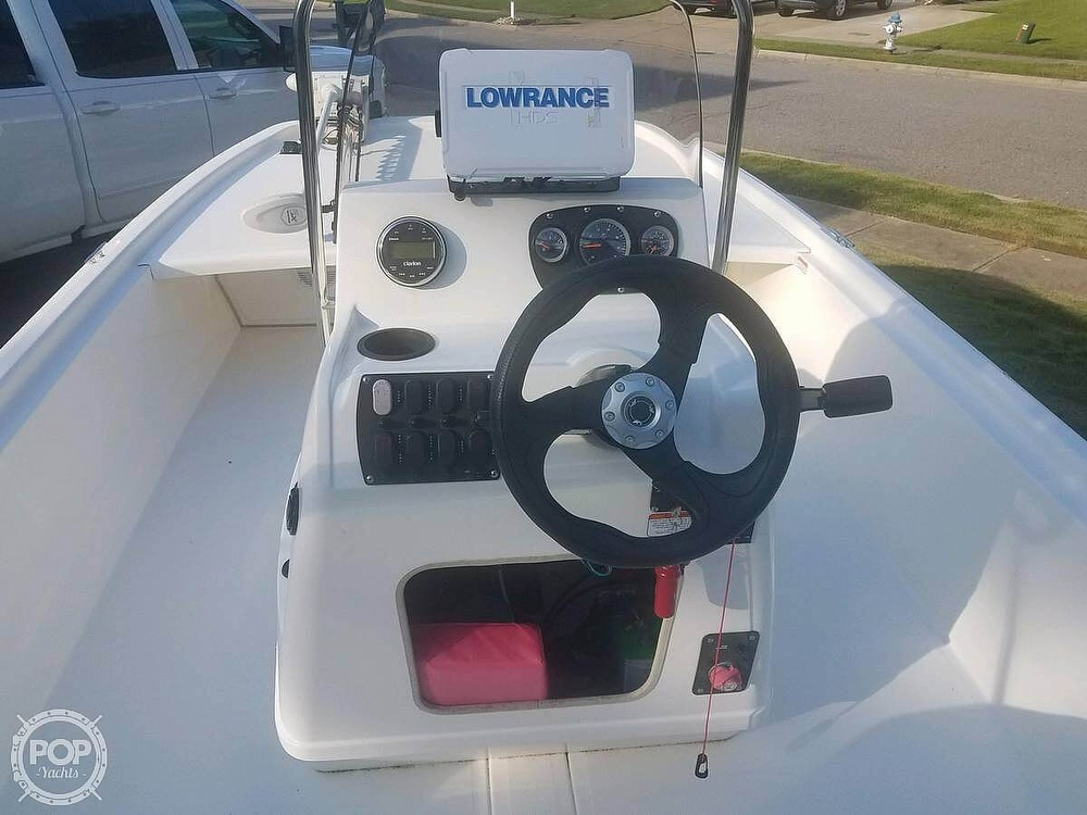 2017 Mako boat for sale, model of the boat is Skiff 19 CC & Image # 4 of 15