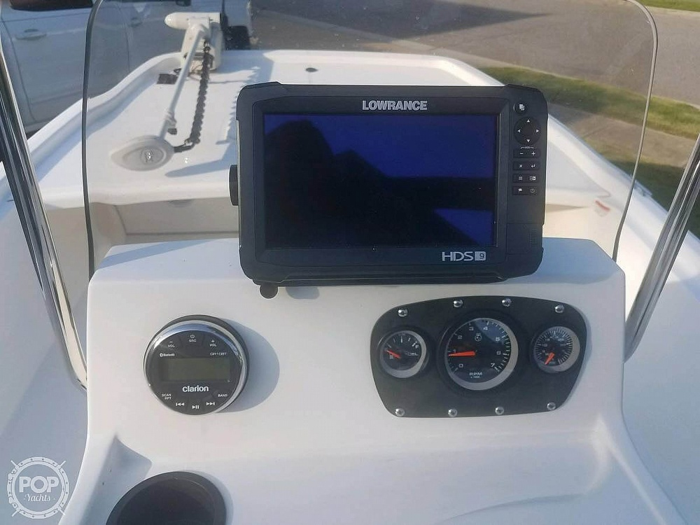 2017 Mako boat for sale, model of the boat is Skiff 19 CC & Image # 5 of 15