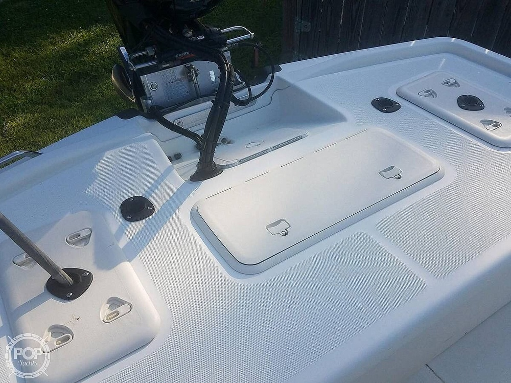 2017 Mako boat for sale, model of the boat is Skiff 19 CC & Image # 8 of 15