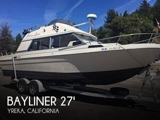 Used Power boats For Sale in Medford, Oregon by owner | 1981 Bayliner 2750 Victoria