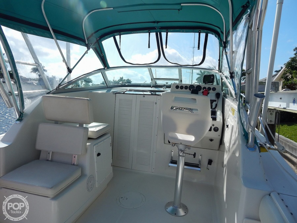 1992 Pursuit boat for sale, model of the boat is 2650 Cuddy Cabin & Image # 3 of 40