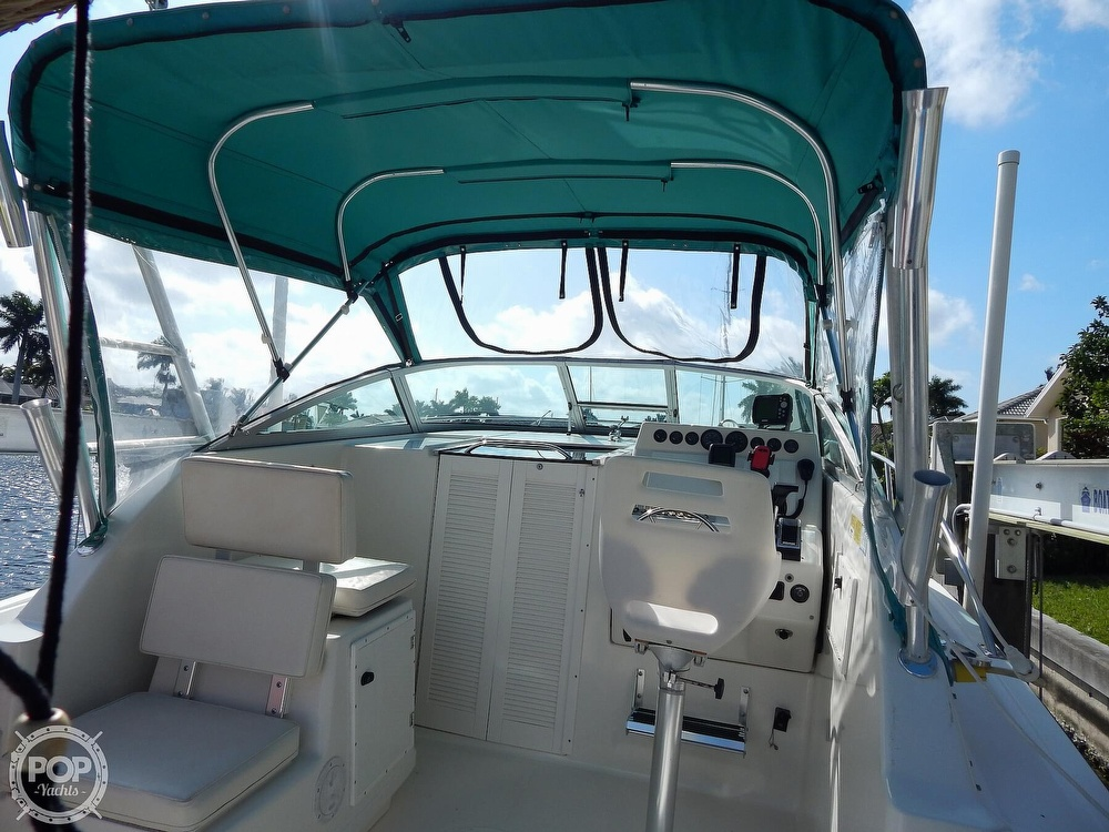 1992 Pursuit boat for sale, model of the boat is 2650 Cuddy Cabin & Image # 12 of 40