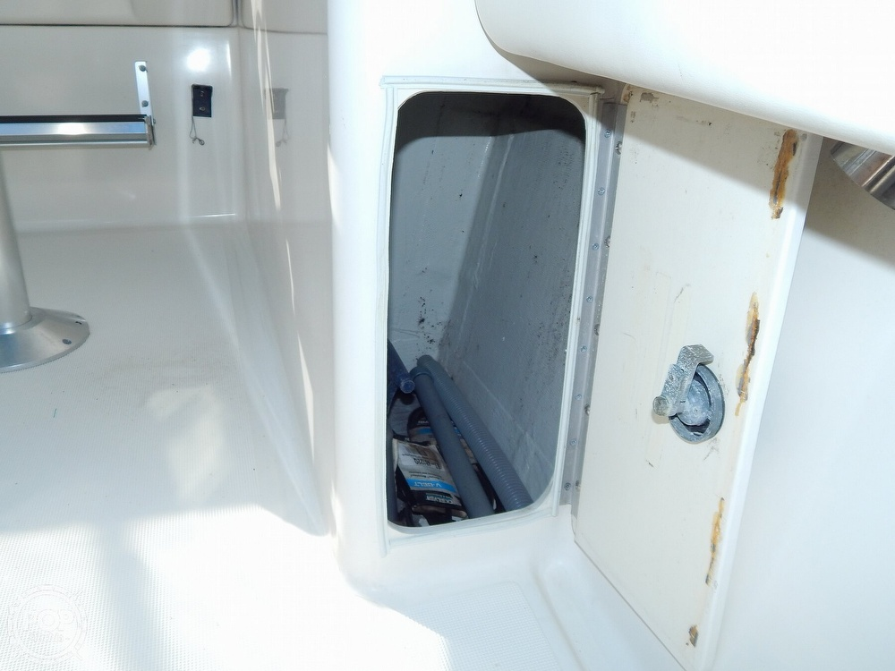 1992 Pursuit boat for sale, model of the boat is 2650 Cuddy Cabin & Image # 15 of 40
