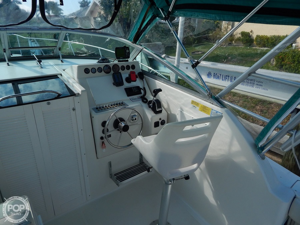 1992 Pursuit boat for sale, model of the boat is 2650 Cuddy Cabin & Image # 16 of 40