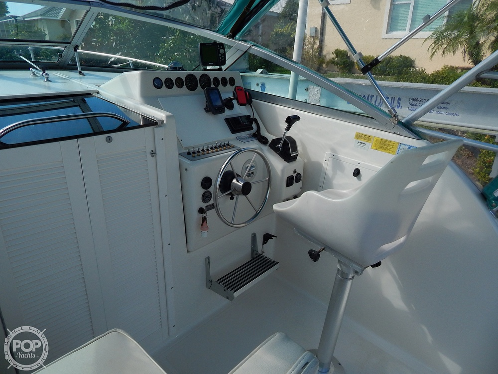 1992 Pursuit boat for sale, model of the boat is 2650 Cuddy Cabin & Image # 17 of 40