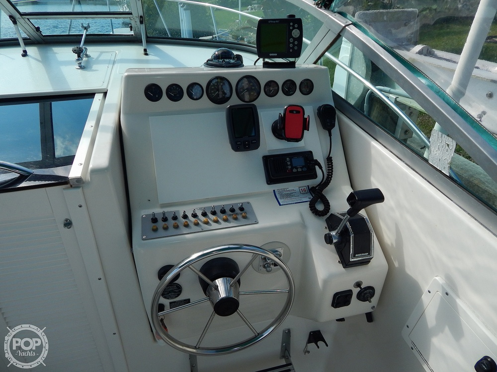 1992 Pursuit boat for sale, model of the boat is 2650 Cuddy Cabin & Image # 19 of 40